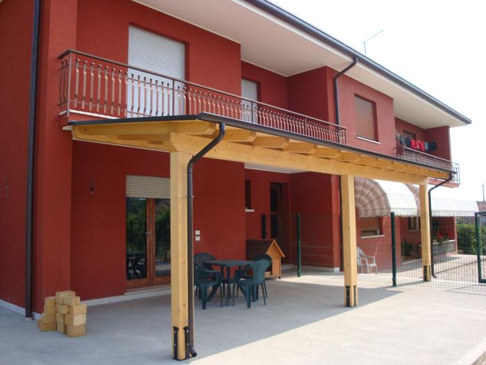 Tettoie in legno venezia lino quaresimin maerne di for Permessi per case in legno